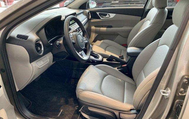Kia Cerato 1.6 AT Deluxe 2019, xe mới - 549 triệu4