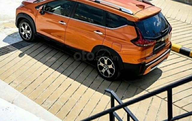Cần bán gấp với giá ưu đãi nhất chiếc Mitsubishi Xpander Cross đời 2020, giao nhanh toàn quốc1