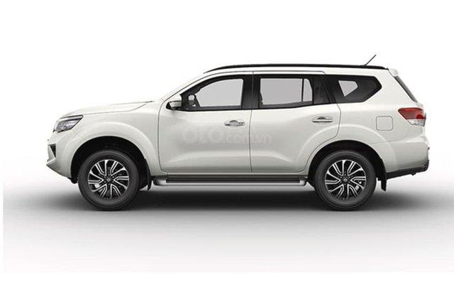 Bán xe Nissan Terra đời 2020, màu trắng, xe chính hãng2