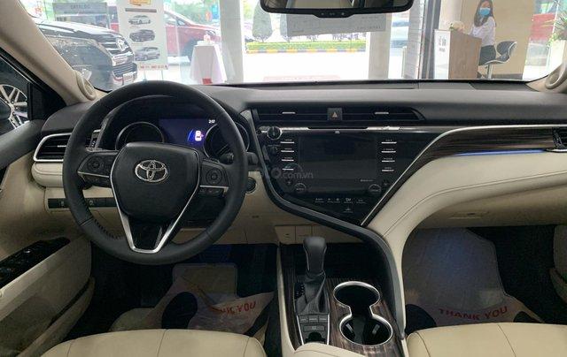 Toyota Camry khuyến mại lên đến 25 triệu, giá tốt nhất thị trường9