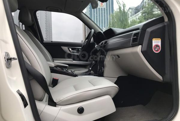 Bán ô tô Mercedes GLK300 4Matic sx 2010, xe đẹp zin 90%2