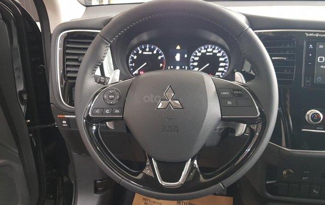 Mitsubishi Outlander 2.0 CVT Premium giá tốt nhất Hà Nội5