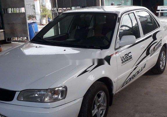 Cần bán lại xe Toyota Corolla Altis đời 2000, màu trắng, nhập khẩu nguyên chiếc0