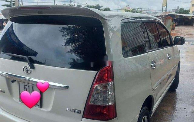 Cần bán xe Toyota Innova sản xuất 2013 còn mới, giá tốt1