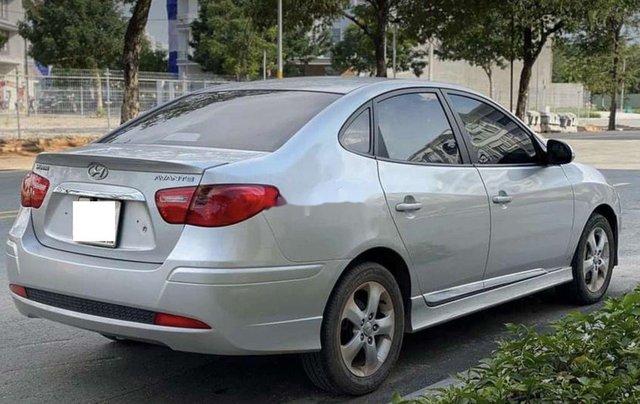 Bán xe Hyundai Avante năm sản xuất 2017 còn mới, giá 387tr3