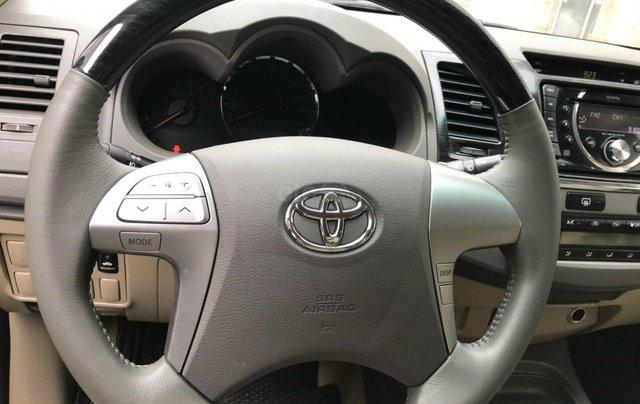 Bán xe Toyota Fortuner 2013, màu bạc4