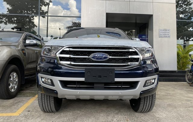 Ford Everest 2020, hỗ trợ ngân hàng lên đến 90%, đủ màu giao ngay0