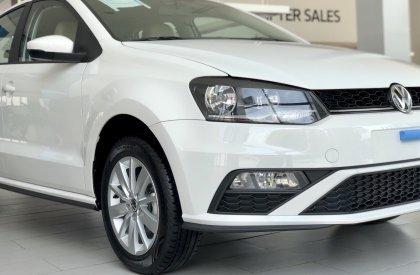 Cần bán nhanh chiếc Volkswagen Polo Hatchback sản xuất năm 2020, xe giá thấp, giao nhanh0