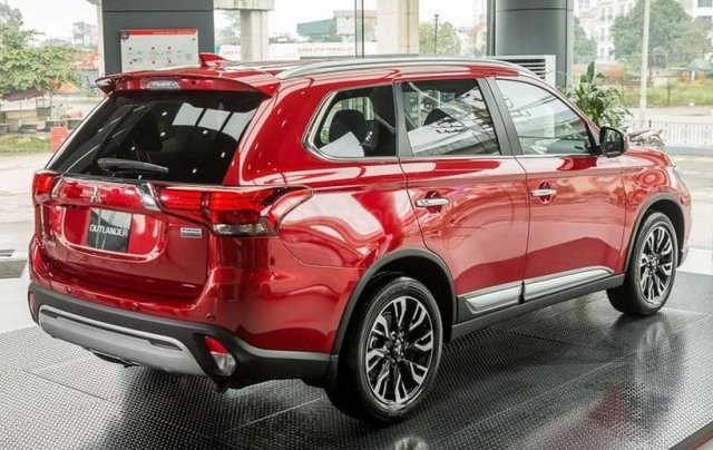 [Mitsubishi Võ Văn Kiệt] Outlander 2.0; 2.4 - Giá ưu đãi, quà hấp dẫn, hỗ trợ trả góp lãi suất thấp nhất, xe giao ngay3