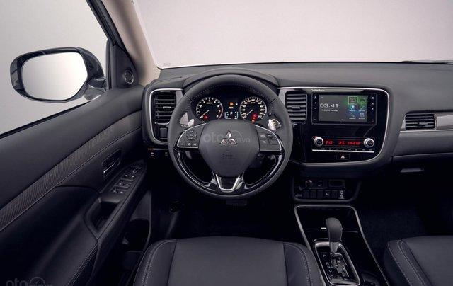 [Mitsubishi Võ Văn Kiệt] Outlander 2.0; 2.4 - Giá ưu đãi, quà hấp dẫn, hỗ trợ trả góp lãi suất thấp nhất, xe giao ngay4