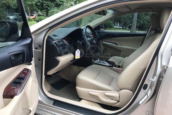 Bán Toyota Camry 2.0E tự động, tư nhân 1 chủ từ đầu9