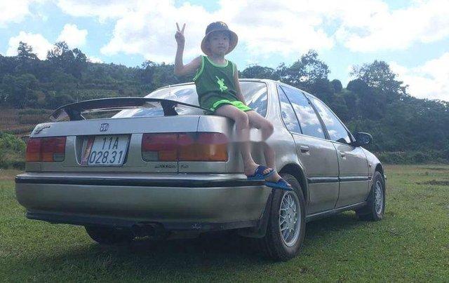 Cần bán gấp Honda Accord đời 1988, màu bạc, nhập khẩu nguyên chiếc, giá chỉ 62 triệu0
