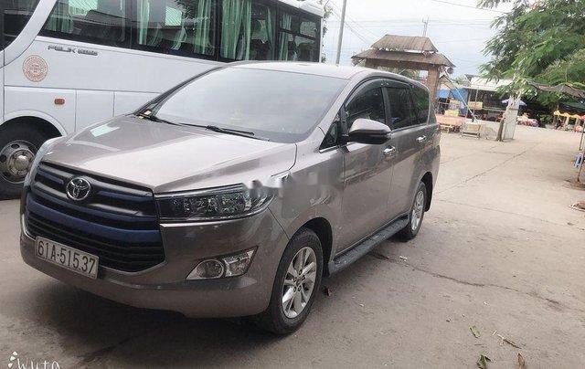 Cần bán xe Toyota Innova năm 2018 còn mới4