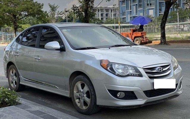 Bán xe Hyundai Avante năm sản xuất 2017 còn mới, giá 387tr2