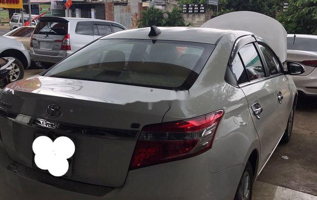 Bán Toyota Vios đời 2018, màu trắng, số sàn, giá tốt3