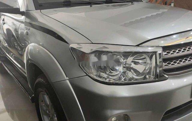 Bán Toyota Fortuner đời 2009, màu trắng, nhập khẩu nguyên chiếc còn mới6