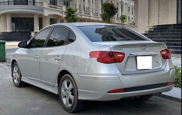 Bán xe Hyundai Avante năm sản xuất 2017 còn mới, giá 387tr4