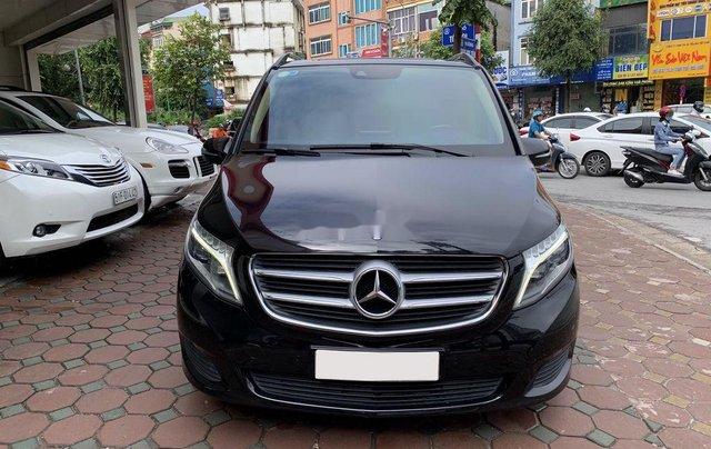 Bán xe Mercedes V220 năm sản xuất 2016, màu đen, nhập khẩu0