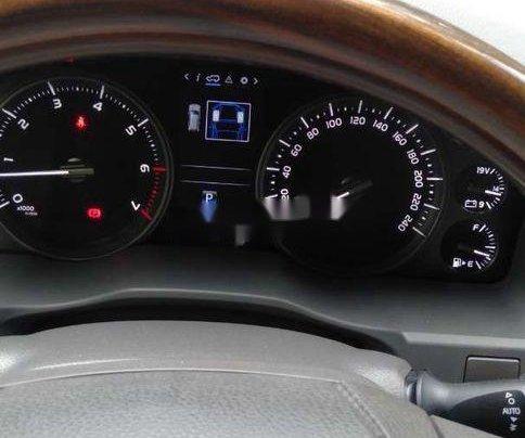 Cần bán Toyota Land Cruiser sản xuất 2016, nhập khẩu nguyên chiếc còn mới4