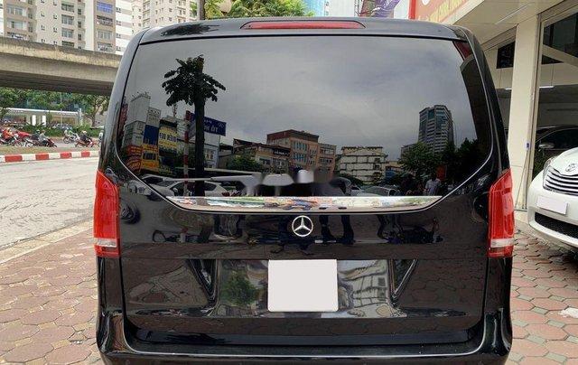 Bán xe Mercedes V220 năm sản xuất 2016, màu đen, nhập khẩu2