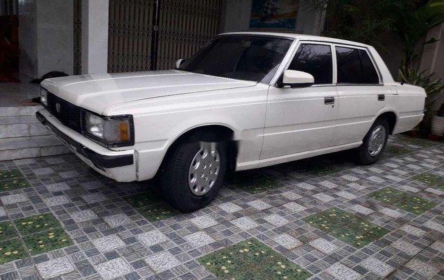 Bán Toyota Crown đời 1983, màu trắng, nhập khẩu nguyên chiếc1