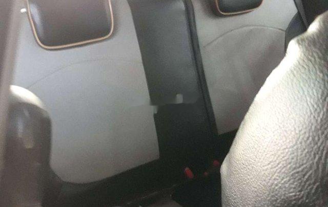 Cần bán gấp Chevrolet Spark 2010, màu trắng số sàn, 120 triệu5