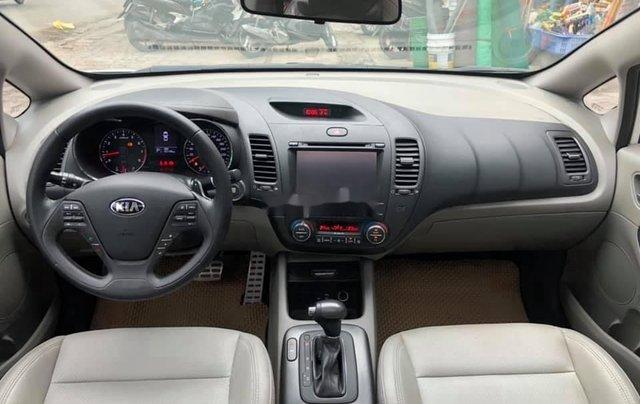Cần bán lại xe Kia K3 sản xuất năm 2015, màu trắng, 466 triệu7