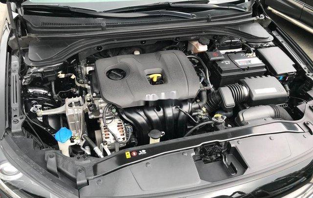 Bán lại xe Hyundai Elantra 2.0AT sản xuất 2016, biển TP. HCM11