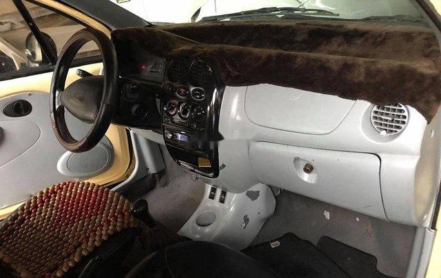 Cần bán Daewoo Matiz năm sản xuất 2000, màu vàng, nhập khẩu7