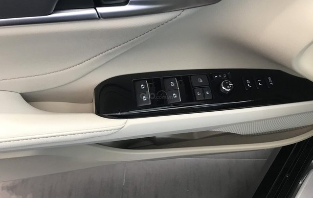 [Toyota Okayama Đà Nẵng] Toyota Camry 2.5Q, đủ màu giao ngay (trắng ngọc trai + 8tr), nhập Thái 100%. Hỗ trợ vay vốn 80%6