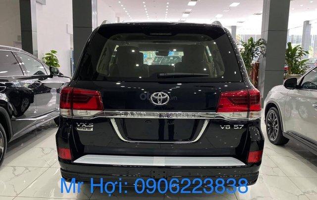 Bán Toyota Landcruiser VX S 5,7 2021, bản MBS 4 chỗ siêu VIP. Xe giao ngay3