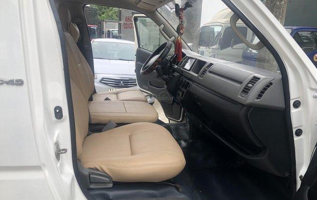 Bán Toyota Hiace tải Van 6 chỗ, đời 2009, máy dầu, biển Hà Nội, tên tư nhân8