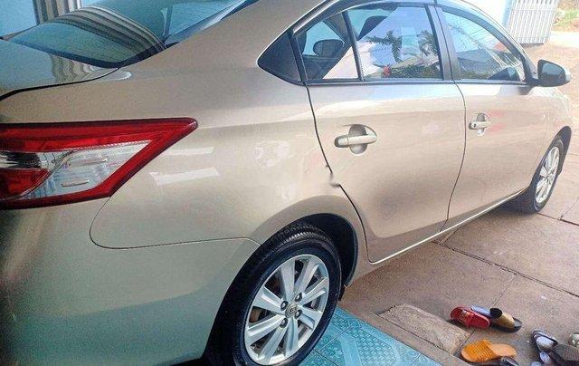 Cần bán lại xe Toyota Vios đời 2015, nhập khẩu nguyên chiếc xe gia đình, 325tr1