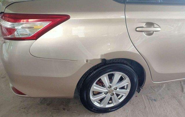 Cần bán lại xe Toyota Vios đời 2015, nhập khẩu nguyên chiếc xe gia đình, 325tr3