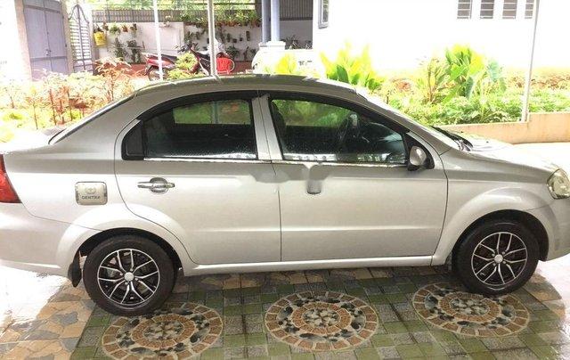 Bán ô tô Daewoo Gentra đời 2011, màu bạc, giá chỉ 170 triệu3
