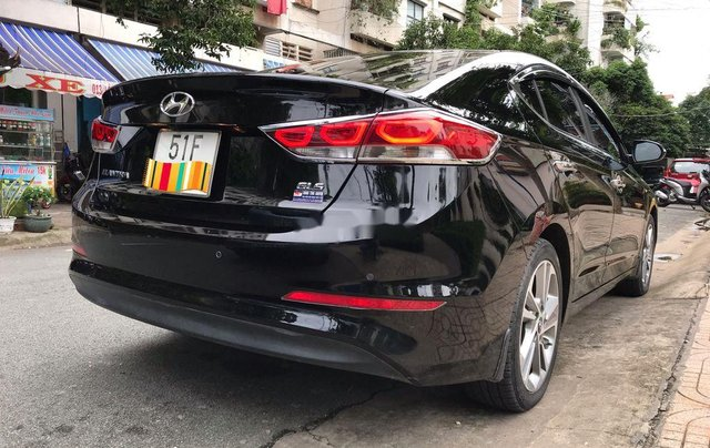 Bán lại xe Hyundai Elantra 2.0AT sản xuất 2016, biển TP. HCM4
