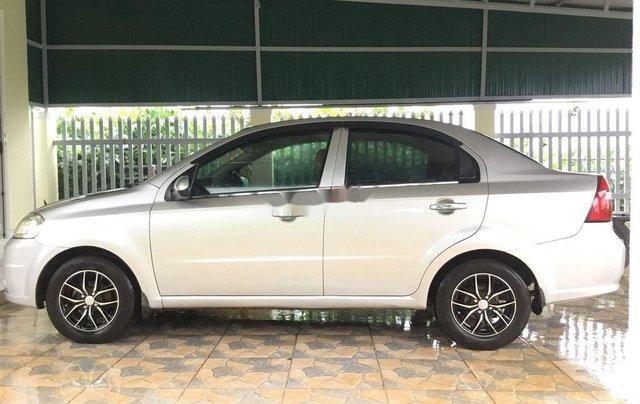 Bán ô tô Daewoo Gentra đời 2011, màu bạc, giá chỉ 170 triệu4