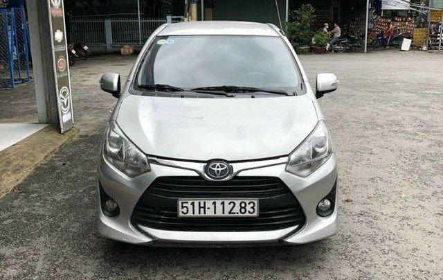 Bán xe Toyota Wigo đời 2018, màu bạc, nhập khẩu số sàn0