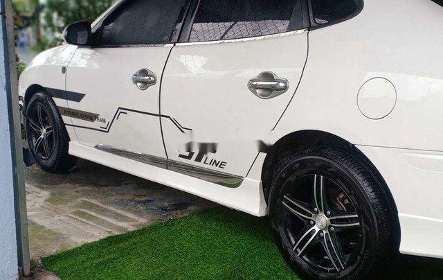 Cần bán Hyundai Avante năm 2011 còn mới, giá chỉ 295 triệu6