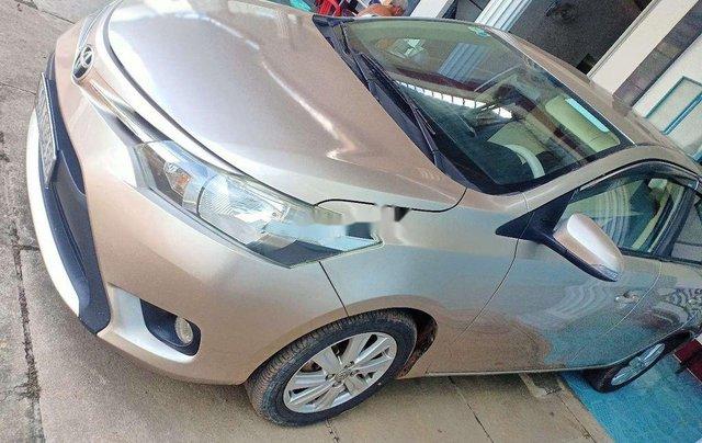 Cần bán lại xe Toyota Vios đời 2015, nhập khẩu nguyên chiếc xe gia đình, 325tr7