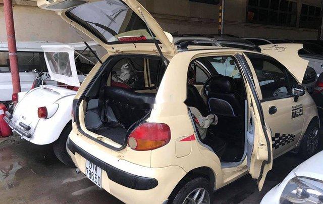 Cần bán Daewoo Matiz năm sản xuất 2000, màu vàng, nhập khẩu2