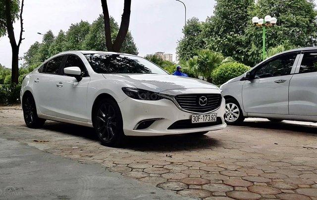 Bán Mazda 5 sản xuất 2017, biển Hà Nội, chạy hơn 30000 km chuẩn0