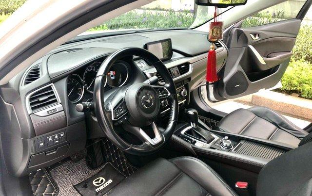 Bán Mazda 5 sản xuất 2017, biển Hà Nội, chạy hơn 30000 km chuẩn6