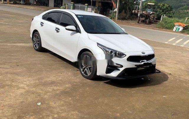 Bán Kia Cerato 2019, màu trắng, xe nhập số sàn0