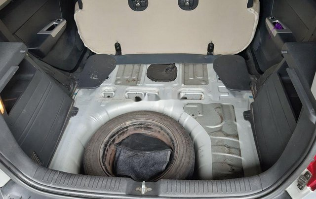 Cần bán lại xe Hyundai Getz đời 2010, màu bạc, xe nhập 11