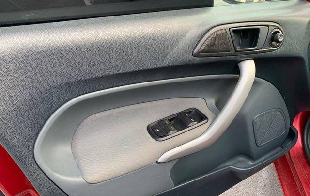Bán Ford Fiesta sản xuất năm 2012, giá tốt9