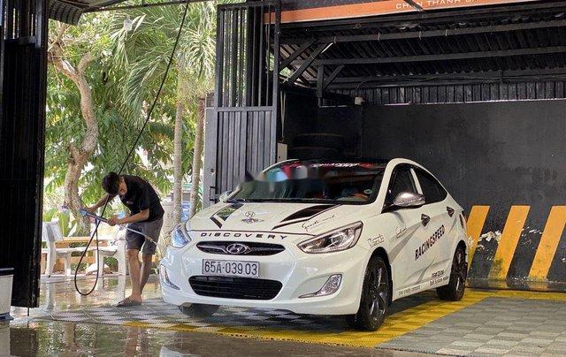 Cần bán gấp Hyundai Accent Blue sản xuất 2013, nhập khẩu nguyên chiếc còn mới1
