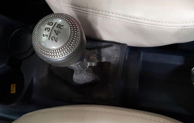 Cần bán lại xe Hyundai Getz đời 2010, màu bạc, xe nhập 6