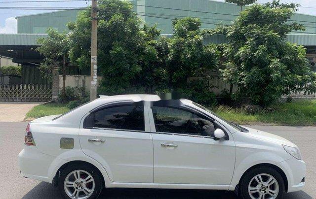 Cần bán lại xe Chevrolet Aveo năm 2013, nhập khẩu, giá thấp, động cơ ổn định4