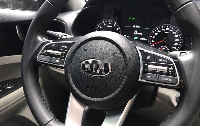 Xe Kia Cerato sản xuất năm 2019 còn mới5